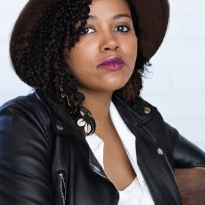 Drewcella Davis Named 2020-22 Apothetae and Lark Playwriting Fellow